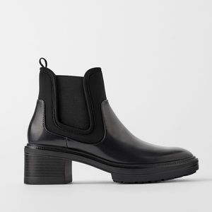 🍁ZARA TECHNICAL HEELED ANKLE BOOTS WTREADED SOLES